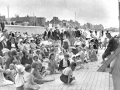 0896childrenwatchingshowonbeach1939.jpg