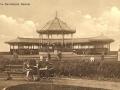 2777bandstandtitttbottlepark1930s.jpg