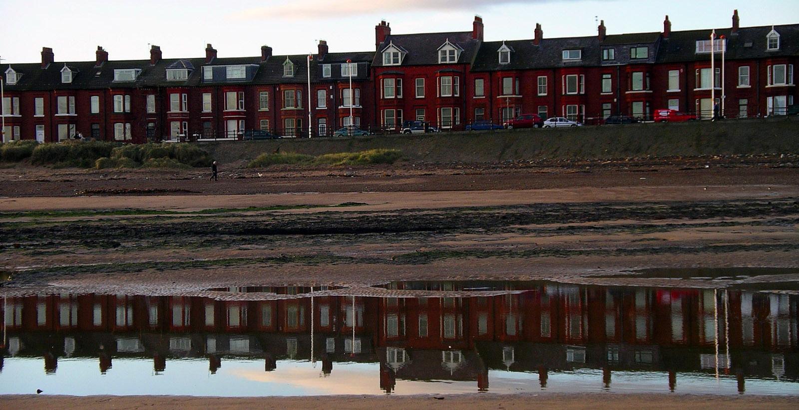 3141Granville Terrace from beach.jpg