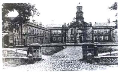 0190kirkleathamhospitalalmshouses