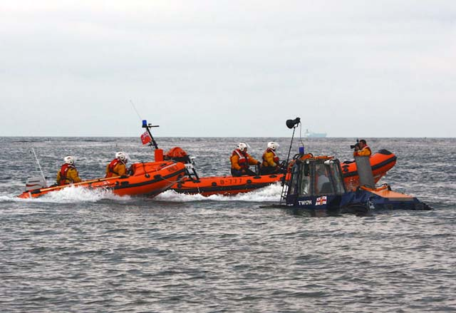 2619lifeboatexercise020609.jpg