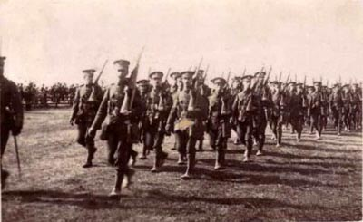 1744redcarcamp191418war.jpg