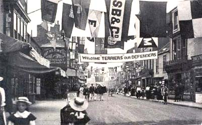 1734highstreetparade.jpg