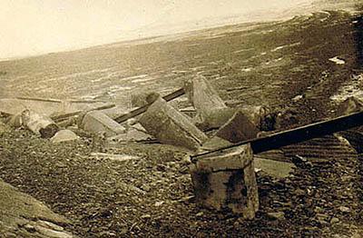 1816seagulls hutremainsafterstorm