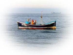 2868fishingfromadoubleendera